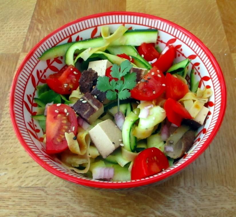 thaise salade pad thai lactosevrij suikervrij glutenvrij e-nummervrij vegan vaganistisch courgetti groentenoedels