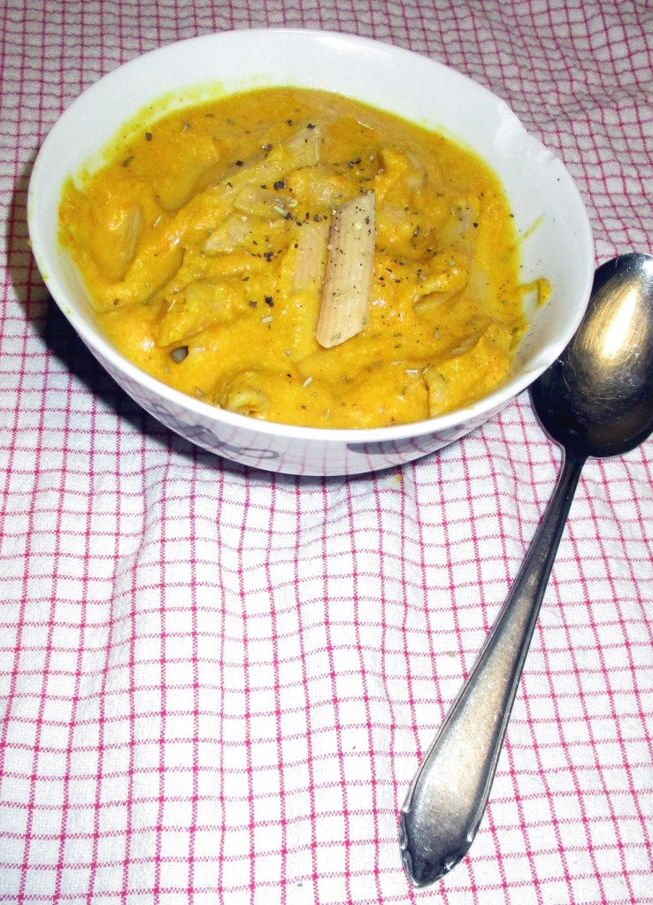 macaroni met pompoensaus