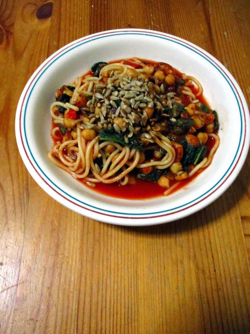 Pasta met palmkool en kikkererwten suikervrij vegan veganistisch lactosevrij vegetarisch