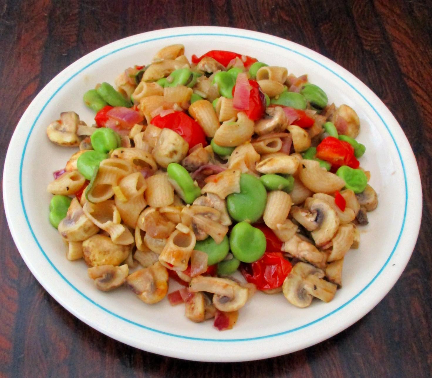 pasta met tuinbonen snelle pasta vegan veganistisch lactosevrij sojavrij